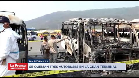 Se queman tres autobuses en la Gran Terminal Metropolitana en San Pedro Sula