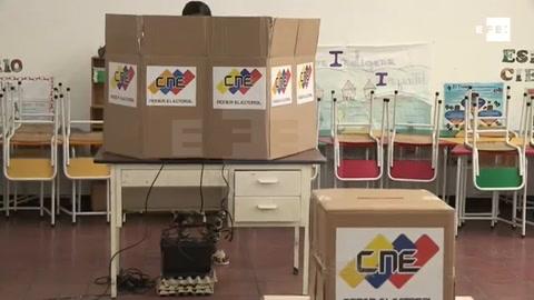 Desánimo y pocos electores enmarcan las municipales en Venezuela