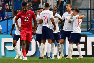 Con un triplete de Harry Kane, Inglaterra aplastó a Panamá y se clasificó a octavos de final