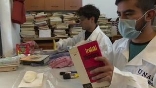 Restauran libros heridos por sismo en México