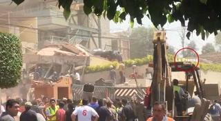 México busca niños de escuela que quedaron atrapados tras el terremoto