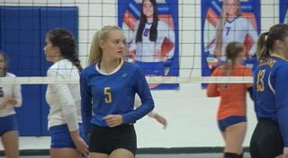 Maroa-Forsyth vs Riverton Volleyball