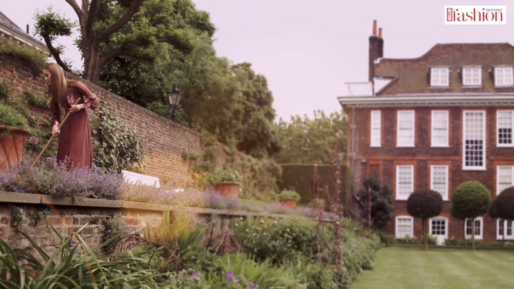 #HFM\'s \'well mannered\' fashion shoot takes us to an English country garden