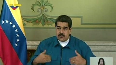 Maduro acusa a ejército de Colombia de reclutar venezolanos