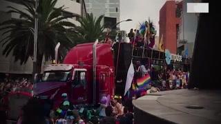 Marcha del Orgullo en Ciudad de México pide respeto