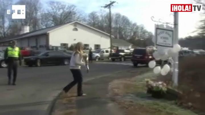 Duelo en Newtown por la matanza de 26 personas en una escuela