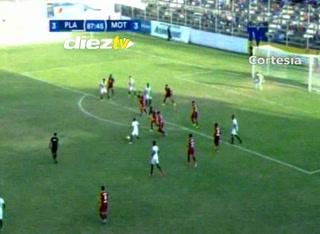 ¡Gool de Alexander Aguilar!  Platense sobre el Motagua y le empata luego de ir ganando 3-0