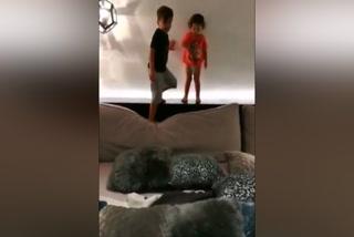 Así se divierte Lionel Messi con sus hijos en su habitación