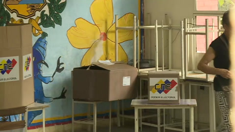 Nicolás Maduro Mientras Ejercía Su Voto