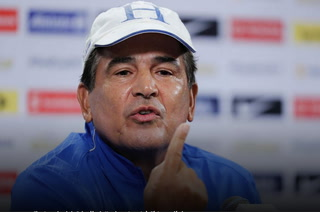 Jorge Luis Pinto revela que hace 15 días lo llamaron para dirigir al Flamengo de Brasil