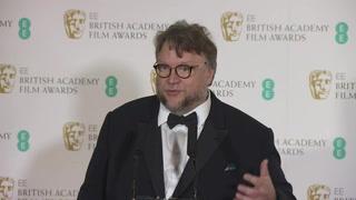 Del Toro y