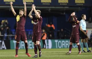 Barcelona derrota a Villareal y sigue de líder en la Liga de España