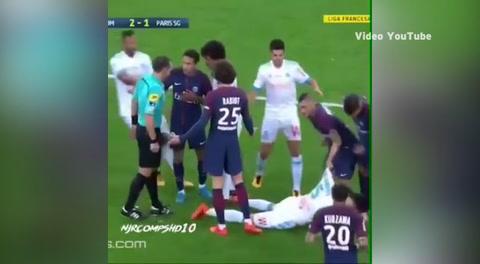 La expulsión de Neymar en el PSG por agredir a un rival