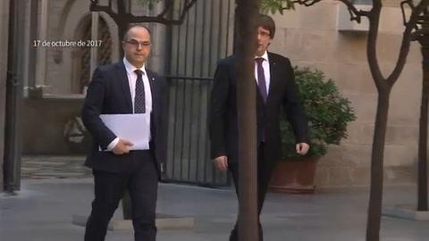 Gobierno español amenaza con suspender autonomía catalana