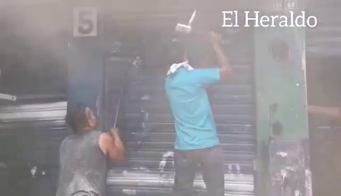 Incendio de bodega en Comayagüela, en la capital deHonduras