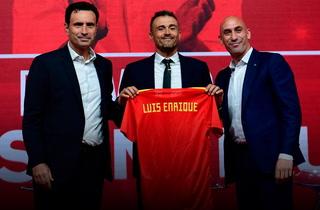 Luis Enrique es presentado como técnico de la Selección de España