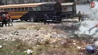 Incontrolable incendio de zacatera en salida al norte de Tegucigalpa
