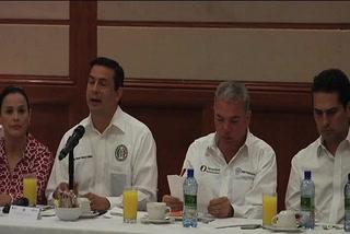 Pepe Elías se reúne con líderes