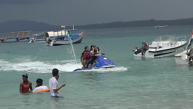 Port Blair Videos-Water sports at Elephant Beach