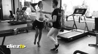 ¡Qué movimientos! Georgina toma clases de baile y enloquece a todos