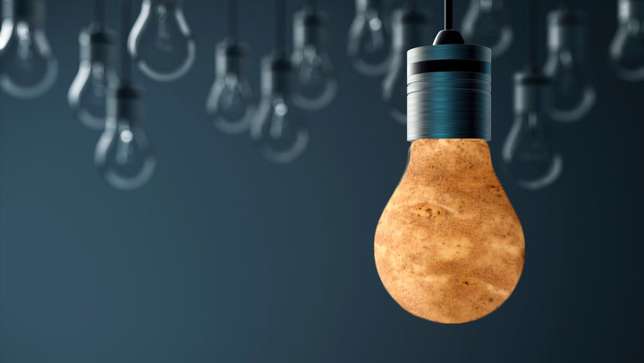 You Can Change a Broken Lightbulb With a Potato (Really!)