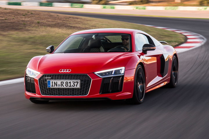 The 2017 Audi R8, Shares 50% Of Itu0027s Components With The Race Car, But For  Teh Road, And With 205mph Top Speed