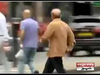 لندن میں شہباز شریف کے  دوڑ کر سڑک پار کرنے کی ویڈیوسوشل میڈیا پر وائرل