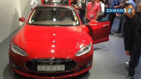 Elektrikli araba 'Tesla'