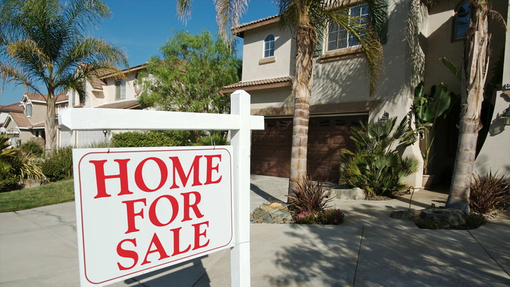 4 Telltale Signs It's Time to Sell Your Home