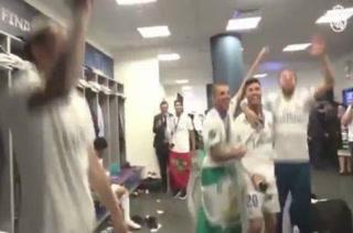 Champions: Así festejó el Real Madrid su tricampeonato en el camerino