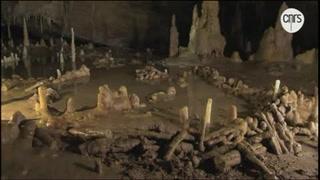 Los Neandertales ya controlaban el fuego hace 176 mil años