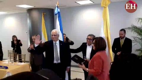 Francisco Herrera es juramentado como nuevo rector de la Unah