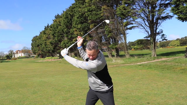 Iron Play Tips - Improve your transition