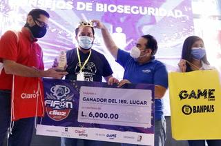 ¡Tenemos campeón! Con categoría, Adán Elvir, se consagró monarca del Rey del Fifón 2021