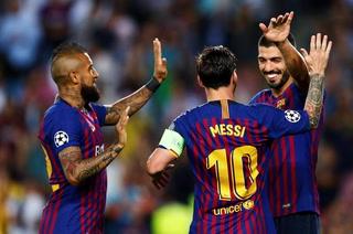 Barcelona tritura al PSV con hattrick de Messi y golazo de Dembélé