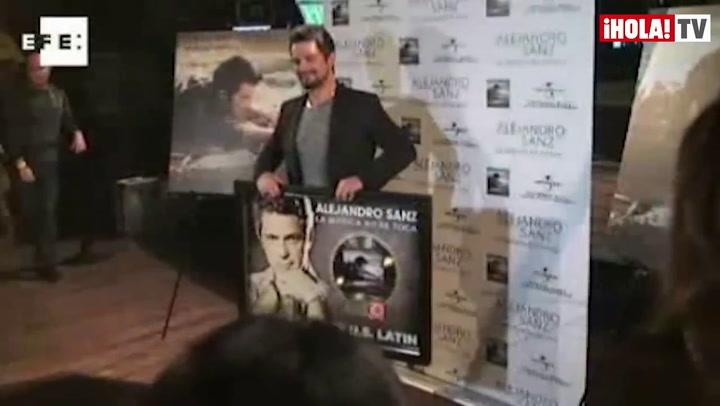 Alejandro Sanz recibe en Hollywood un disco de oro por \'La música no se toca\'