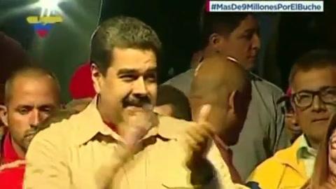 Maduro arrasa en municipales y se impulsa para buscar reelección