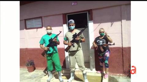 El régimen usa esbirros armados de palos para desalentar la protesta pacífica del 15 de Noviembre
