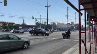 Man in Truck Does Doughnuts on Sepulveda and Scares a Cop
