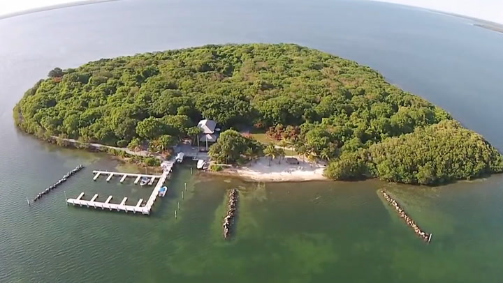 3 Jaw-Dropping Private Islands You Can Own Right Now