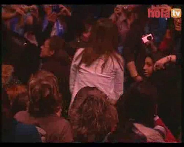 Elena Tablada luce tripita en el concierto de David Bisbal en Madrid