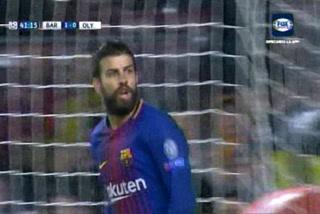 La tonta e infantil tarjeta roja que le muestran a Gerard Piqué en la Champions