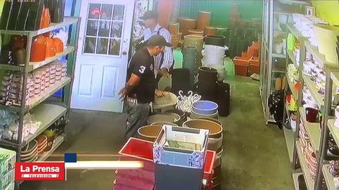 Sujetos asaltan a dos señoras en tienda de San Pedro Sula