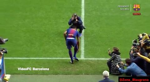 Nuevo fichaje del Barcelona pisó descalzo el Camp Nou