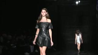 Sao Paulo se despide de la Semana de la Moda con acento juvenil