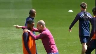 Pep Guardiola explicó a Sterling un movimiento en el entreno que fue realizado a la perfección en el partido