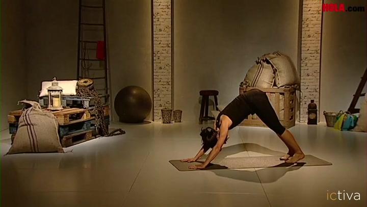 Posturas básicas de yoga para principiantes