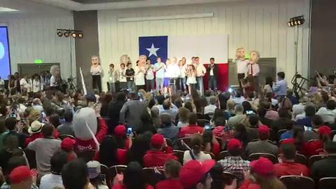 Derechista Piñera y socialista Guillier van a balotaje en Chile