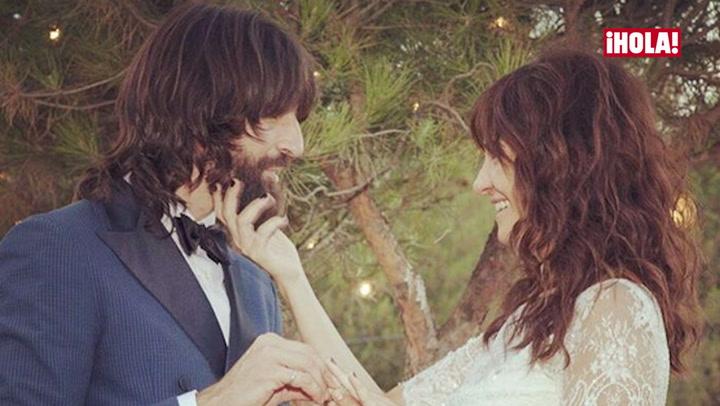 Despistes, aplausos... Las mejores imágenes de la boda de Melanie Olivares