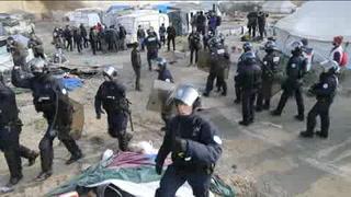 Concluye evacuación del campo de migrantes en Calais